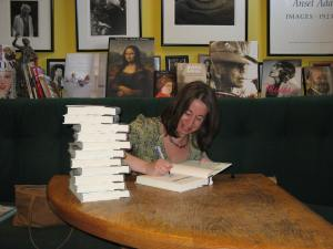 Jenny Milchman signing books