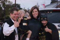 the family that superheroes together stays together